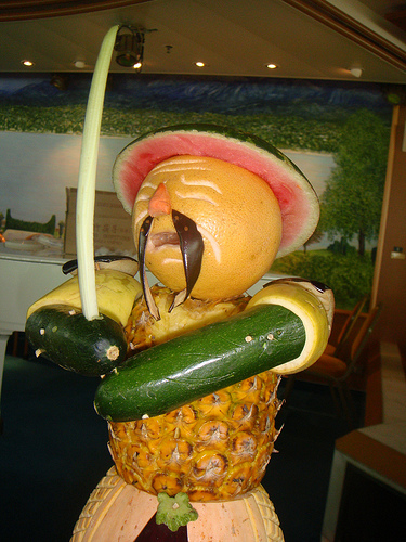 Fruit Art carvings