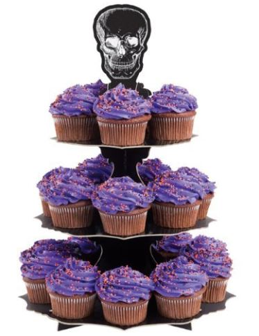 Halloween cupcake stand with skulls